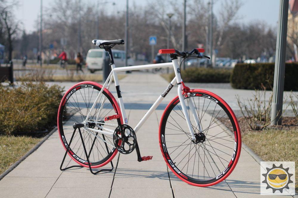 b59472e438e0 Egyedi épített Fixi kerékpárok - Színezd Te magad - Kerékpár Webshop ...