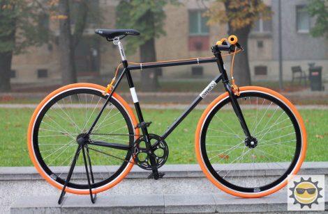 Egyedi-Csepel-Royal-Fekete-Narancs